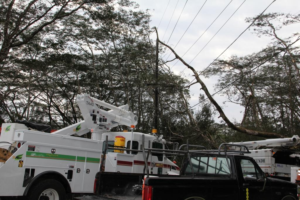 Hawaii Electric Light Company (HELCO) management employees faced several weather-related challenges as rains hit the island over the weekend.