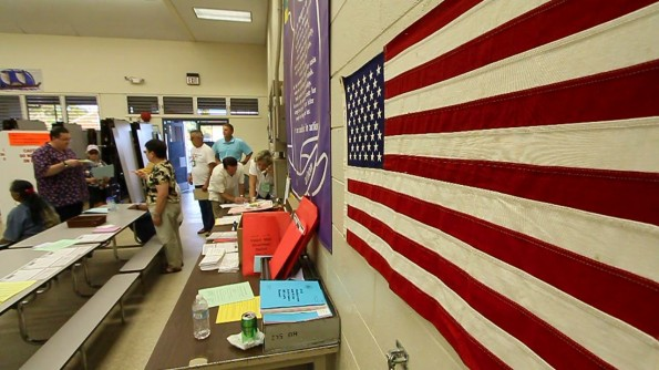 The polling place at Waikoloa School was busy during the last hour of voting. Photography by Baron Sekiya | Hawaii 24/7