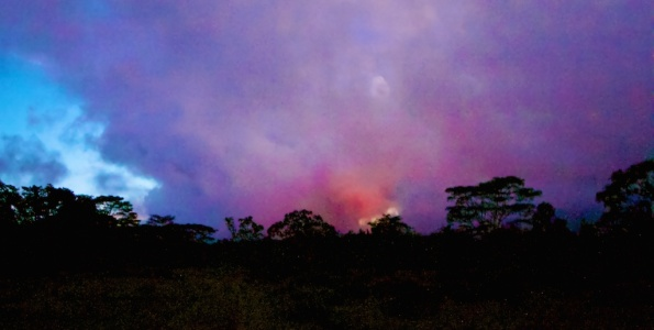 The glow from the Kilauea June 27th Lava Flow could be seen from Cemetary Road in Pahoa Sunday night (Sept 22). Photography by Baron Sekiya | Hawaii 24/7