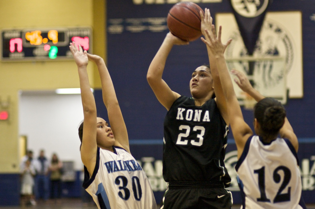 Wildcats take state championship in 2OT over Punahou with freshman sensation Emalia Galdeira scoring 23 points