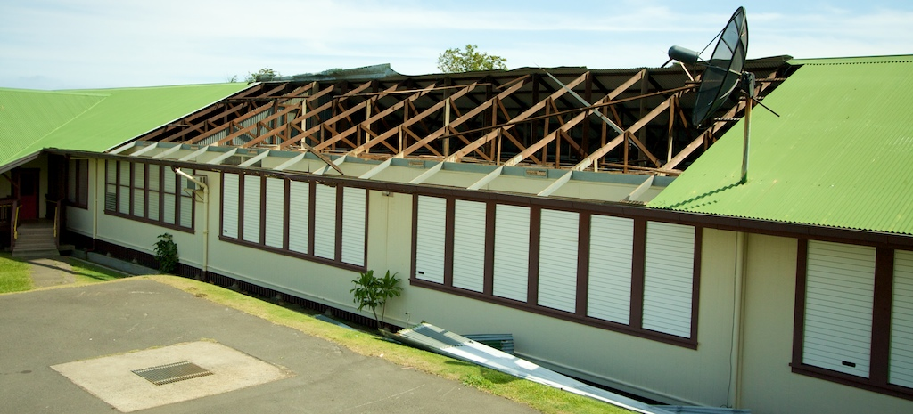 A late morning large dust-devil ripped the roof off Ka'u High School & Pahala Elementary Saturday. Nobody was hurt but the roof was damaged and debris were sent flying over 100 yards away.