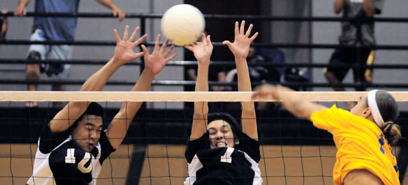 Waiakea takes Hilo in four sets during BIIF volleyball action