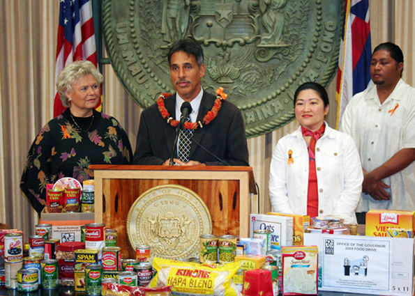 "Lt. Gov. James ""Duke"" Aiona declares April ""Feeding Hawaii's Hungry"" month. (Photo courtesy of the Lt. Governor's Office)"