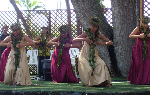 Hawaiian music, hula legends perform Saturday