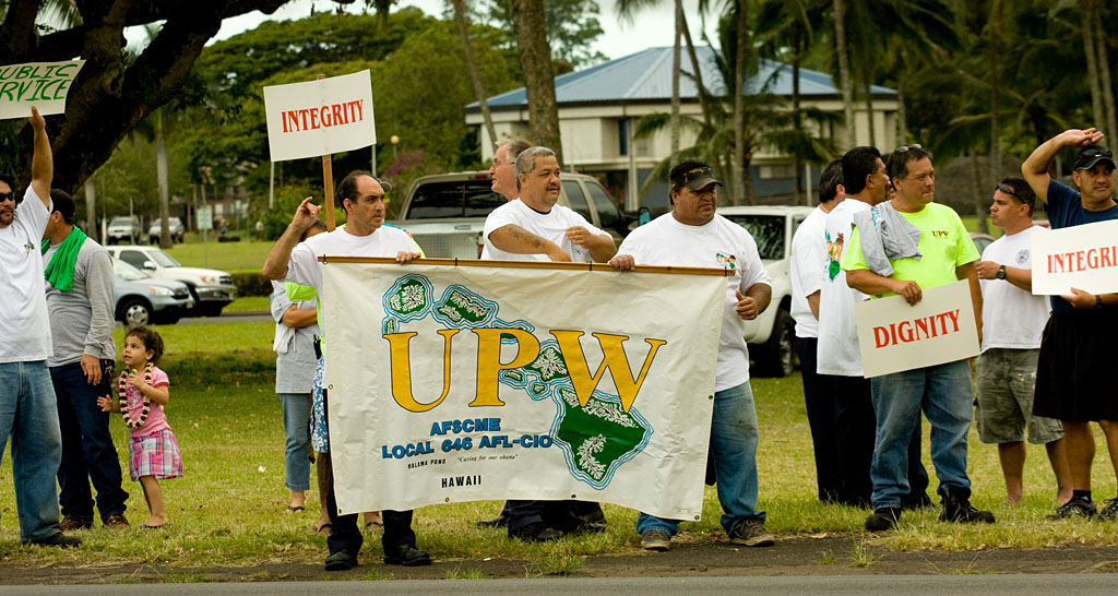 Unions notified of over 1,100 possible state job cuts