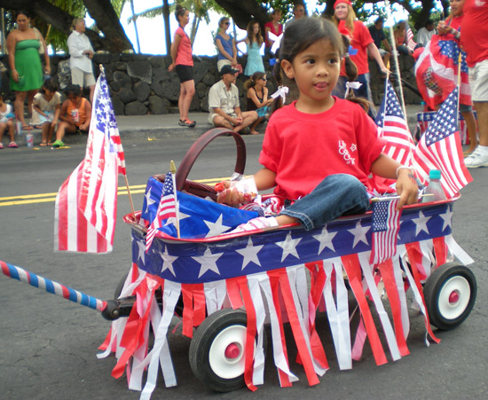 Kona's 4th of July parade featured on Channel 54