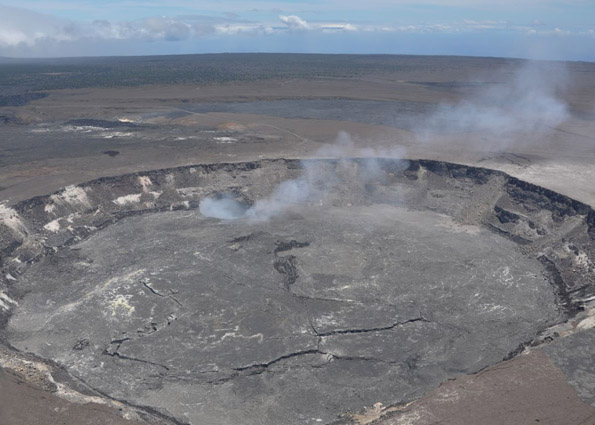 Gas emissions from Halemaumau picking up again after brief respite due to rim collapses, magma withdrawal