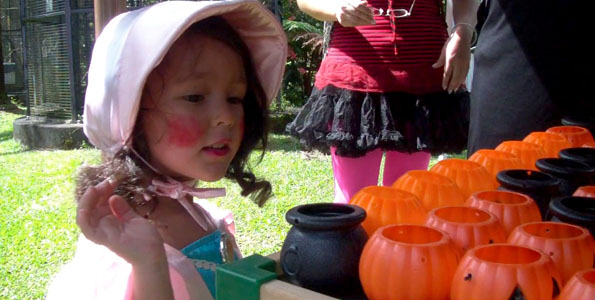Costumes, a scavenger hunt, games, face painting, food and a petting zoo kept keiki busy Saturday (Oct 31).