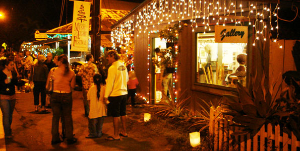 The upcountry coffee and art town of Holualoa kicks off the holiday season with their 13th annual Music & Light Festival on Saturday evening, December 5th, from 6 p.m. until 9 p.m.