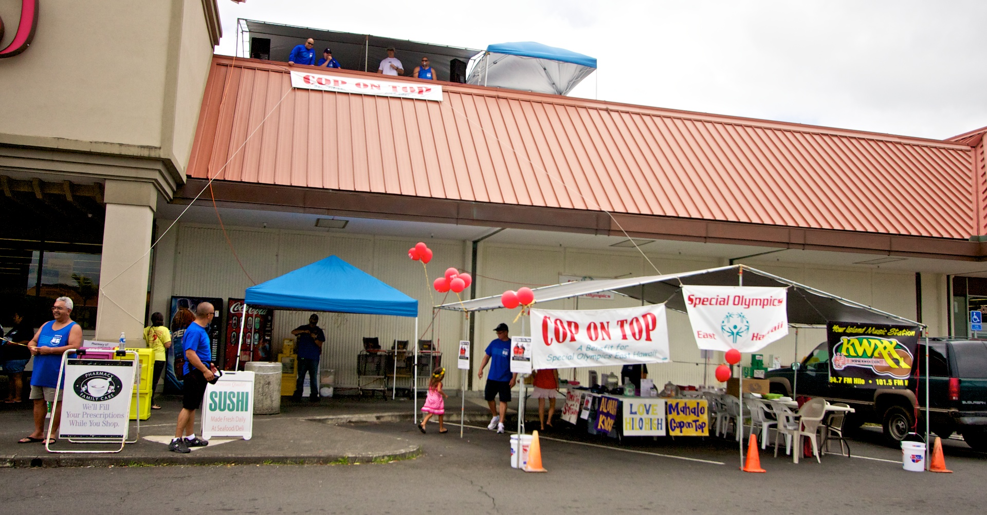 Hawaii County police officers spent a few days on the roof of Safeway in Hilo to raise funds for Special Olympics in Hawaii. Saturday (May 1) was the final day of the fundraiser.