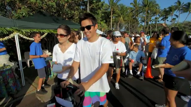 The 32nd Annual Visitor Industry Charity Walk drew more than 9,000 participants across the state Saturday (May 15), raising $901,029 for more than 200 local charities. The Big Island walk was held at Mauna Lani Bay Drive and raised over $150,000.