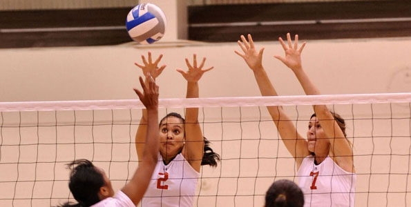 Images from the annual UH-Hilo Vulcan volleyball team vs. Alumni game at UHH Gymnasium.