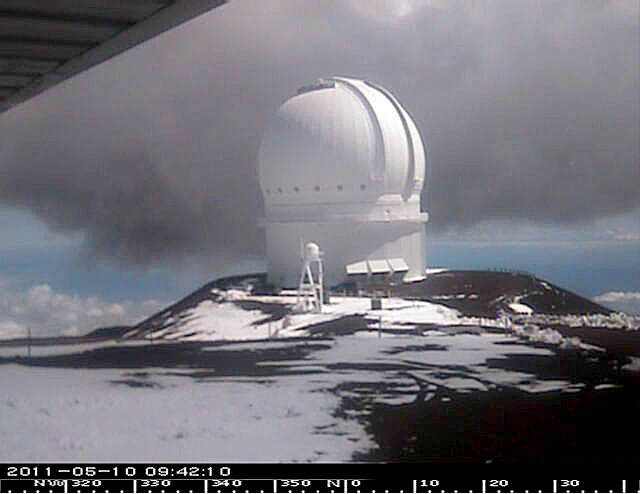 The National Weather Service in Honolulu has extended the Winter Weather Advisory for the summits of Mauna Kea and Mauna Loa until 6 p.m. Wednesday (May 11).