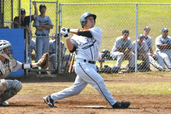 Kolten Wong hitting as a Kamehameha-Hawaii Warrior in 2008 during the BIIF baseball season.