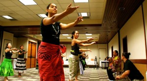Workshop photo courtesy of Moku O Keawe International Festival
