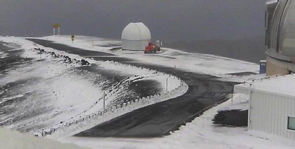 A winter Weather Advisory is in effect for Mauna Kea and Mauna Loa until 6 p.m. Tuesday (Dec 13). Time-lapse video of the summit snow.