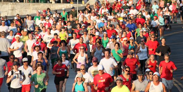 The start of the Jingle Bell Beach Run. (Photo courtesy of Penn Henderson)
