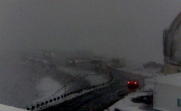 Mauna Kea summit area at 6:10 p.m. Thursday (Feb 21). Image via UH-Hilo webcam