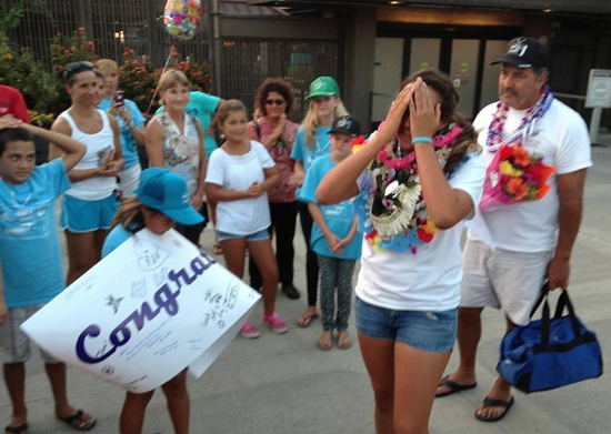 An overwhelming welcome at Kona International Airport. (Photo courtesy of Rob Vangeen)