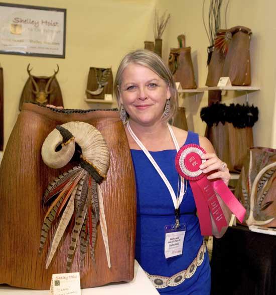 Shelly Hoist and her award-winning 'Ikaika' piece. (Photo courtesy of Shelly Hoist)