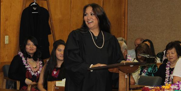 Judge Margaret Masunaga thanks Supreme Court Chief Justice Mark Recktenwald during her swearing in ceremony. (Hawaii 24/7 photo by Karin Stanton)