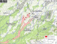 This large-scale map shows the distal part of Kīlauea's active East Rift Zone lava flow in relation to nearby Puna communities. The area of the flow on January 22 is shown in pink, while widening and advancement of the flow as of January 29 is shown in red. The blue lines show steepest-descent paths calculated from a 1983 digital elevation model (DEM; for calculation details, see http://pubs.usgs.gov/of/2007/1264/). Steepest-descent path analysis is based on the assumption that the DEM perfectly represents the earth's surface. DEMs, however, are not perfect, so the blue lines on this map can be used to infer only approximate flow paths. The yellow line marks the active lava tube (the tube continues downslope but has not been mapped).