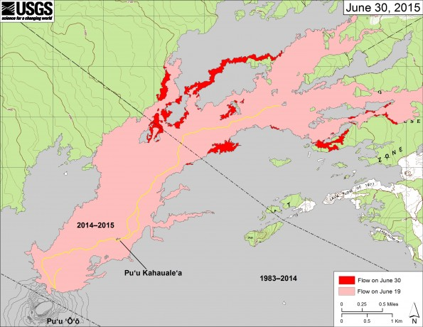 This map shows recent changes to Kīlauea's active East Rift Zone lava flow field. The area of the flow on June 19 is shown in pink, while widening and advancement of the flow as of June 30 is shown in red. Puʻu ʻŌʻō lava flows erupted prior to June 27, 2014, are shown in gray.