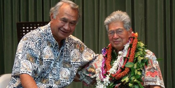 Sen. Gil Kahele and former U.S. Sen. Danny Akaka. (Hawaii 24/7 photo courtesy of John Wicart)