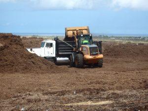Kealakehe Transfer Station public mulch pick-up area. Photo courtesy County of Hawaii
